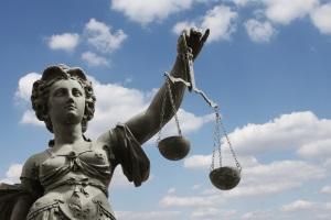 Der Ablauf der Verbraucherinsolvenz folgt einem rechtlich geregelten Muster.