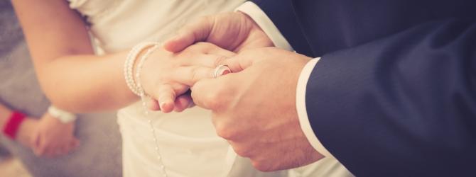 Sie haften selbst für mögliche BAföG-Schulden. Ehepartner und Eltern müssen diese nicht tragen.