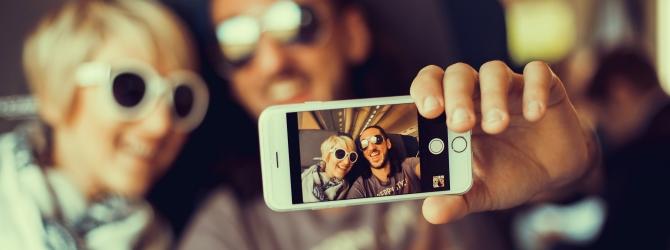 Handyschulden betreffen häufig Jugendliche und junge Erwachsene.