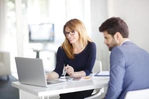 Eine Insolvenzberatung kann Ihnen bei der Einleitung Ihres Insolvenzverfahrens helfen.