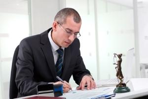Insolvenzverwalter: Zu seinen Aufgaben bei einer Privatinsolvenz gehört u.a. das Verzeichnis über die Insolvenzmasse.