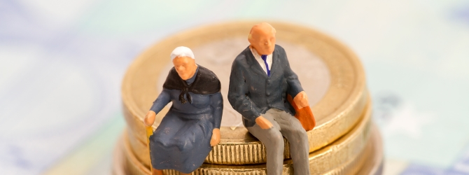 Bei einer Pfändung wird die Rente ebenfalls als Einkommen gewertet und ist somit pfändbar.