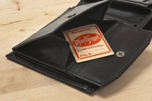 Schulden abbauen mit Plan: In der Insolvenz wird das Einkommen regelmäßig gepfändet.