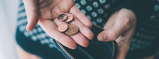 Schuldnerberatung: Übernimmt das Jobcenter die entstehenden Kosten für sie?