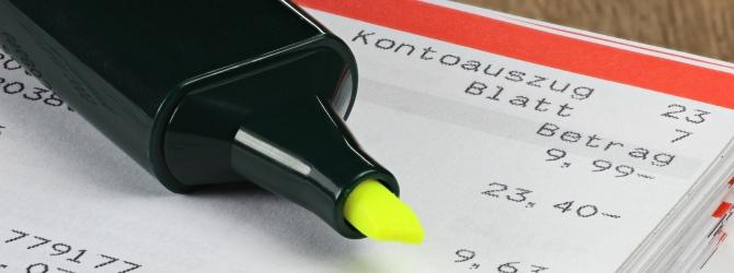 Steuerschulden beim Finanzamt: Eine Kontopfändung kann recht schnell drohen.